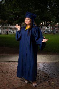 Paola Valdez Graduacion Exterior 18 Editadas JL-6686