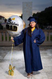 Paola Valdez Graduacion Exterior 18 Editadas JL-6713