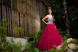 Laura Moreno Pre Quinceaños Exterior 18 Portada JL-0110
